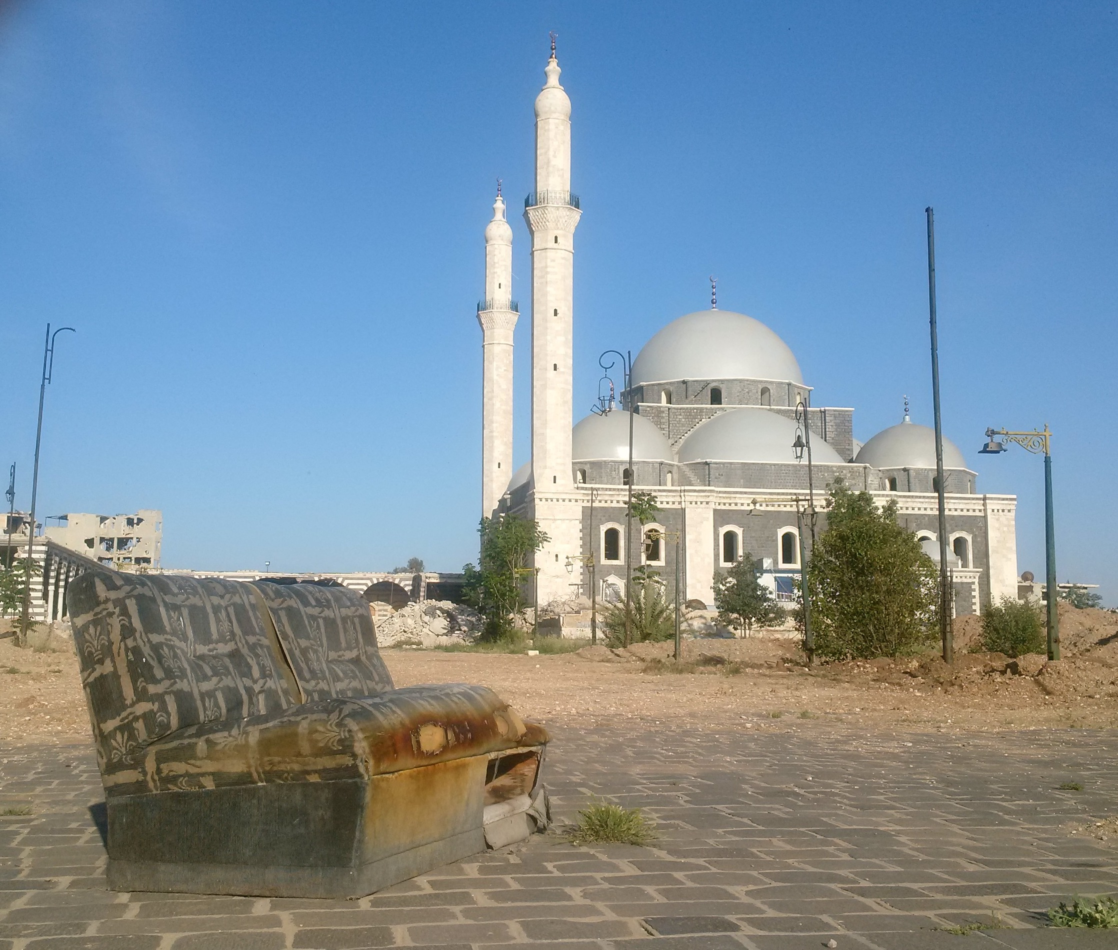 Khalid ibn al-Waleed Mosque in Homs, restored to a very rudimentary standard by the regime's Al-Iskan al-Askeri, the Military Housing outfit.