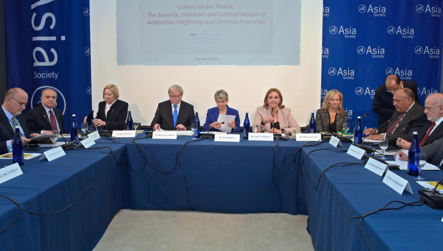 Global Leaders and Antiquities Community Join to Fight Trafficking and Terror Financing
