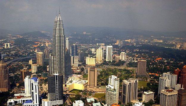 The Iranian Diaspora in Malaysia: Emergent Pluralism