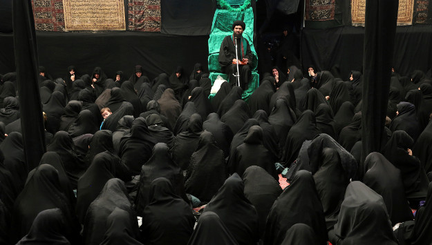 Iran Has 75,000 Mosques but No Leadership