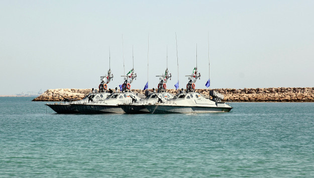 The growing threat of Iran's speedboats