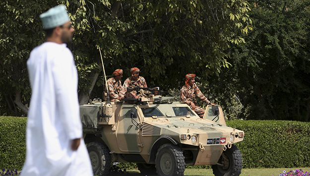 Yemen War and Qatar Crisis Challenge Oman's Neutrality