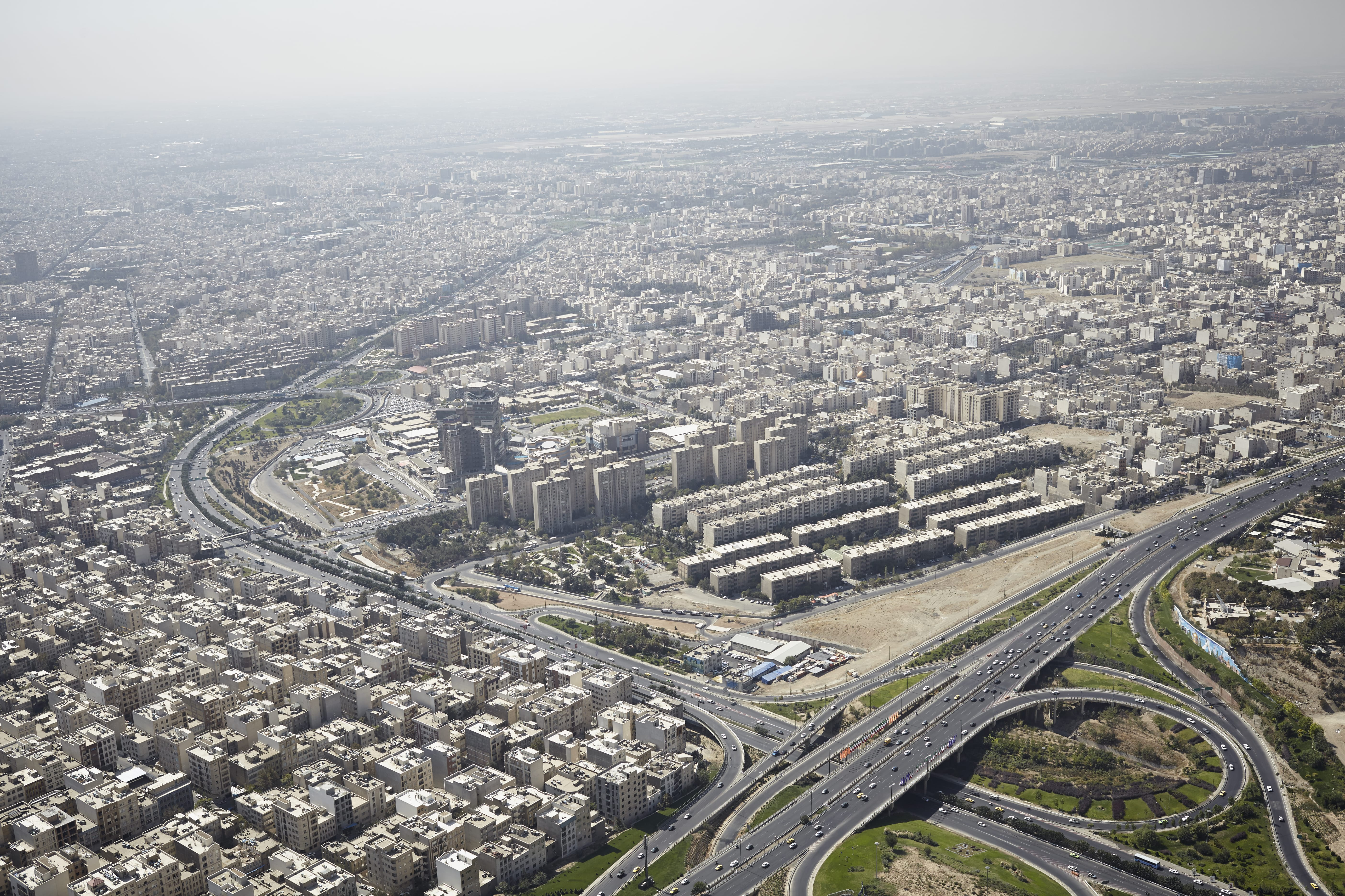 Civic Associations and Urban Governance in Tehran