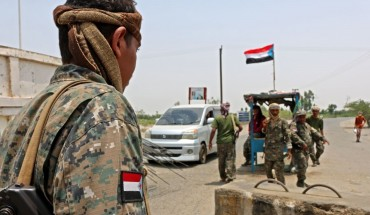 Fighters with the UAE-trained Security Belt Forces loyal to the pro-independence Southern Transitional Council (STC) man a checkpoint near the south-central coastal city of Zinjibar in south-central Yemen, in the Abyan Governorate, on August 21, 2019.