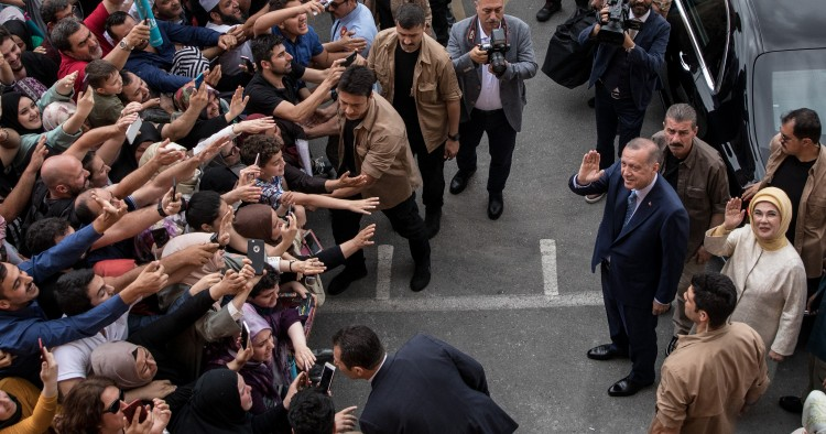 crowds greet President Erdogan