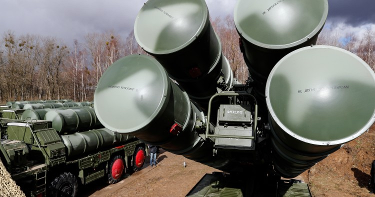 S-400 Triumf anti-aircraft missile system crews have assumed combat duty in the Kaliningrad Region, the system designed to repel any contemmporary aerospace attack, such as stealth and fighter aircraft, bombers, cruise and ballistic missiles, drones and hypersonic targets.