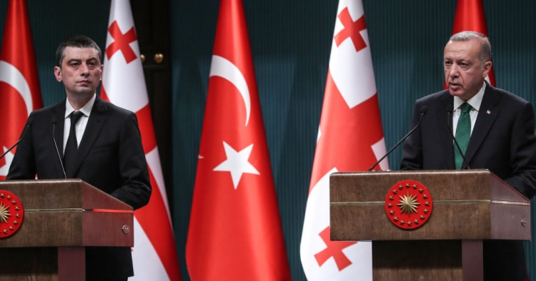 Turkey's President Recep Tayyip Erdogan (R) and Georgia's Prime Minister Giorgi Gakharia (L) hold a joint press conference at the Presidential Complex in Ankara on October 31, 2019.