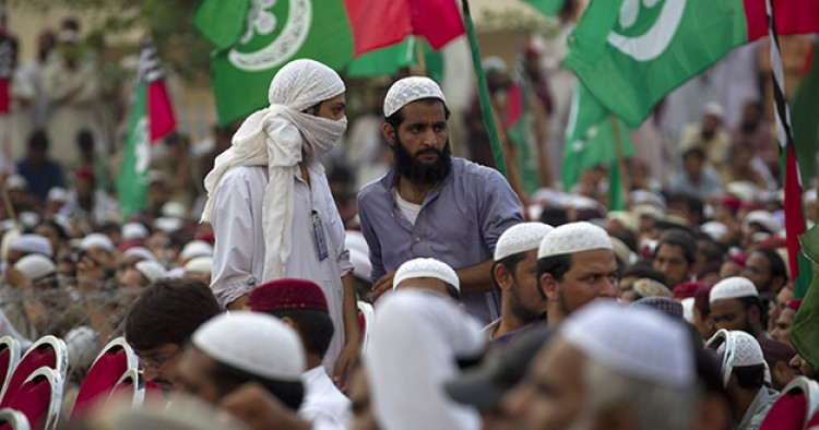 Report Sunni Deobandi Shi I Sectarian Violence In Pakistan Middle East Institute