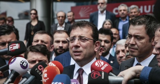 Ekrem Imamoglu speaks to press members outside the headquarters of CHP after party's extraordinary caucus meeting in Ankara, Turkey on May 7, 2019.