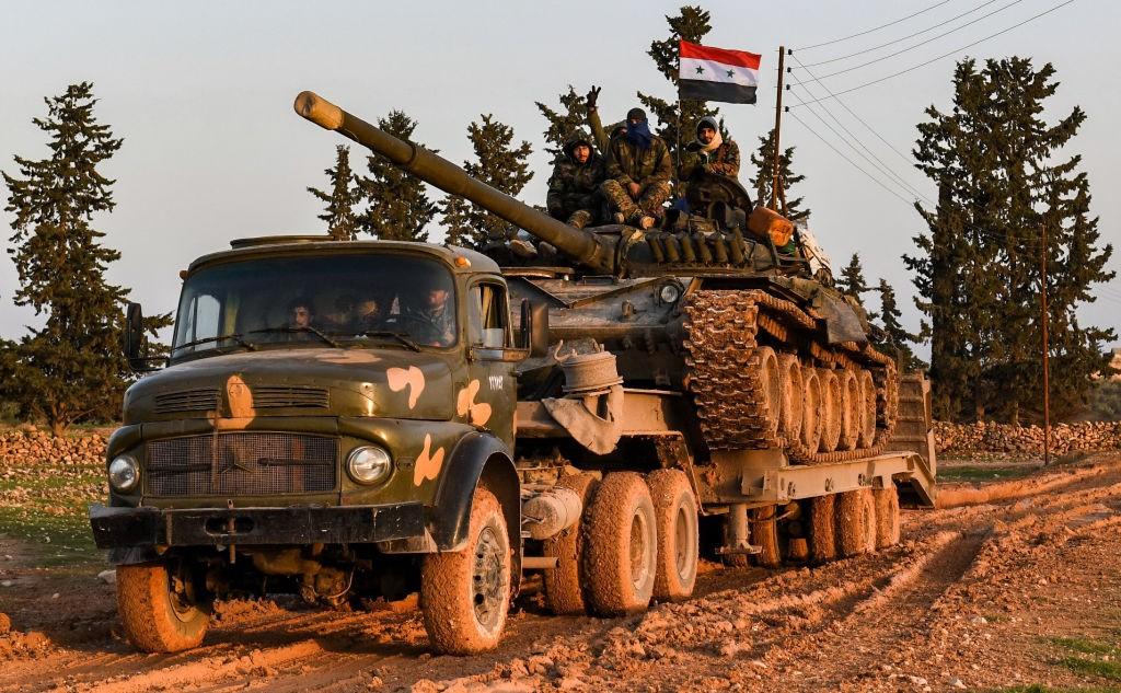 KURDI POSTIGLI DOGOVOR S DAMASKOM?! Nakon sastanka vladinih predstavnika i delegacije SDF-a u ruskoj bazi Hmeimim, odlučeno da sirijska vojska kreće na sjever zemlje!