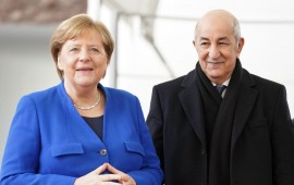Federal Chancellor Angela Merkel (CDU) receives Abdelmadjid Tebboune (r), President of Algeria, in front of the Federal Chancellery for the Libya Conference.